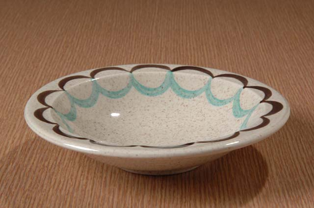 Red Wing Potteries, Inc. Village Green line/Two Step pattern cereal bowl