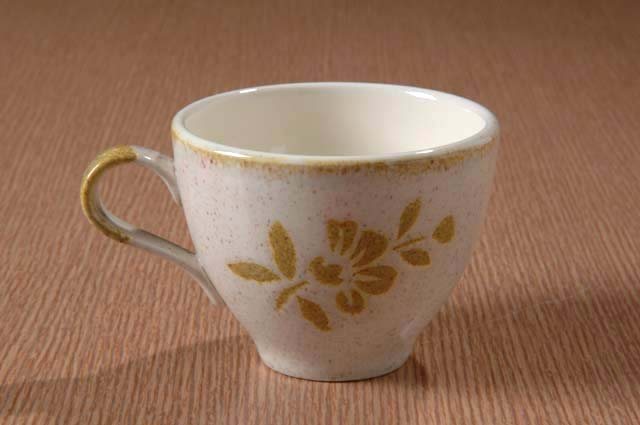 Red Wing Potteries, Inc. Like China line/Damask pattern cup