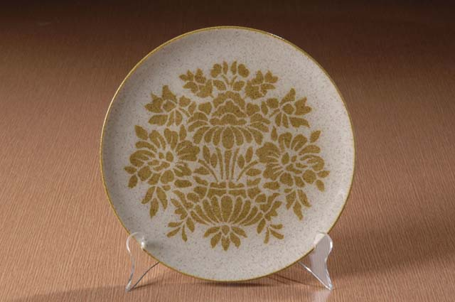 Red Wing Potteries, Inc. Like China line/Damask pattern dinner plate