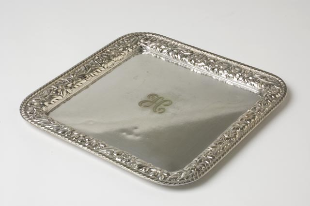 Calling card tray, 1900