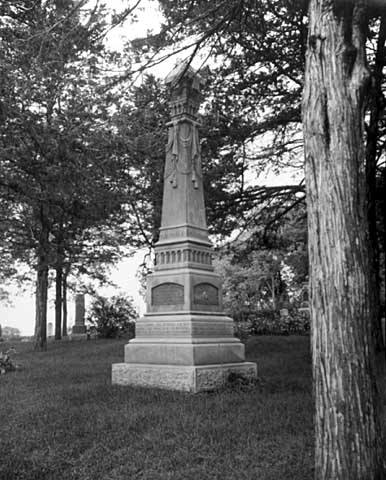 State Monument to Monson Lake massacre victims, Lebanon Church Cemetery, New London.