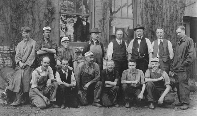 Mines Experiment Station's staff and visitors, about 1916