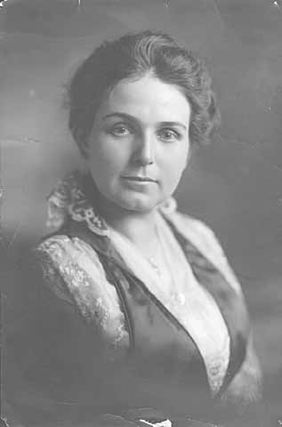 Mary Louise Cross Burnquist, wife of Joseph J.A.A. Burnquist, 1916