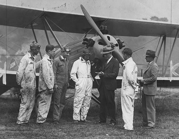Great Northern Aviation School plane and crew, 1929.