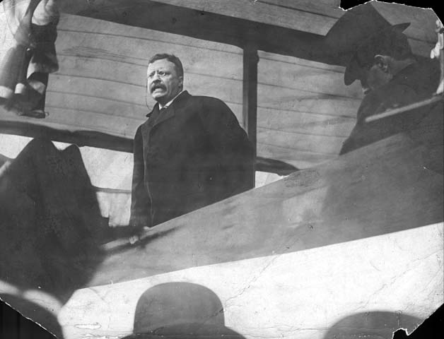 President Theodore Roosevelt speaking at the State Fair